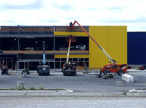 Photo of the Ohio Ikea under construction. Photo courtesy of the Ohikea blog. Thanks!