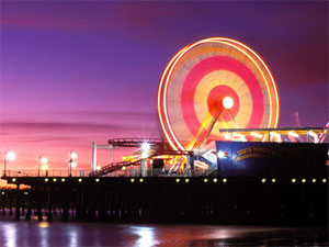 Photo of the Ferris wheel at the Santa Monica pier